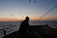 Anzio, 29/12/2007: battuta di pesca con le rapide sull'imbarcazione Rinascita.