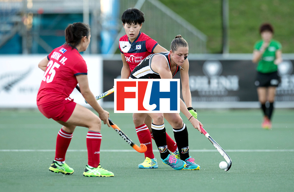 AUCKLAND - Sentinel Hockey World League final women<br /> Match id: 10303<br /> 13 GER v KOR (QF) 3-3<br /> Korea in to semi after shoot out.<br /> Foto:  v25 (l) duel with Celine Pieper.<br /> WORLDSPORTPICS COPYRIGHT FRANK UIJLENBROEK