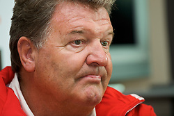 CARDIFF, WALES - Thursday, May 28, 2009: Wales' manager John Toshack MBE during a press conference at the Vale of Glamorgan ahead of the International friendly match against Estonia. (Pic by David Rawcliffe/Propaganda)
