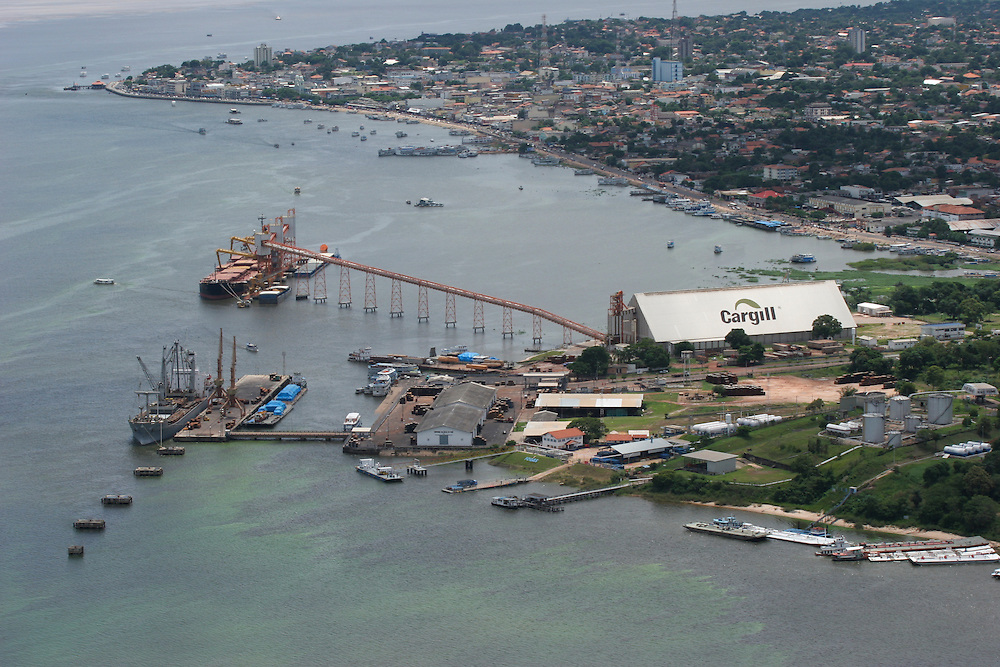 February 22nd 2006. The controversial Cargill port on the Amazon River in Santarem, Para State, Brazil. ©Daniel Beltra