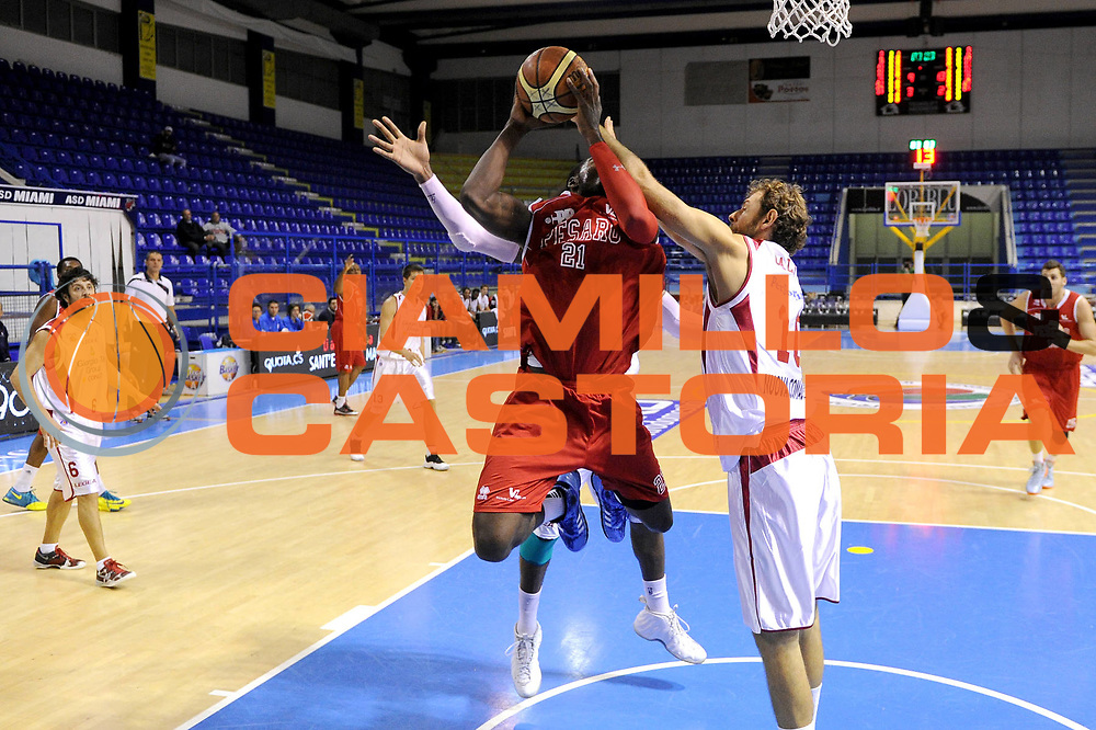 DESCRIZIONE : Porto San Giorgio Precampionato 2013-2014 Torneo Di Porto San Giorgio VL Pesaro Pstoia Basket 2000<br /> GIOCATORE : Anosike<br /> CATEGORIA : tiro penetrazione<br /> SQUADRA : VL Pesaro<br /> EVENTO : Precampionato Lega A1 2013-2014<br /> GARA : VL Pesaro Pstoia Basket 2000<br /> DATA : 05/10/2013<br /> SPORT : Pallacanestro<br /> AUTORE : Agenzia Ciamillo-Castoria/C. De Massis<br /> Galleria : Lega Basket A1 2013-2014<br /> Fotonotizia : Porto San Giorgio Precampionato 2013-2014 Torneo Di Porto San Giorgio VL Pesaro Pstoia Basket 2000<br /> Predefinita :