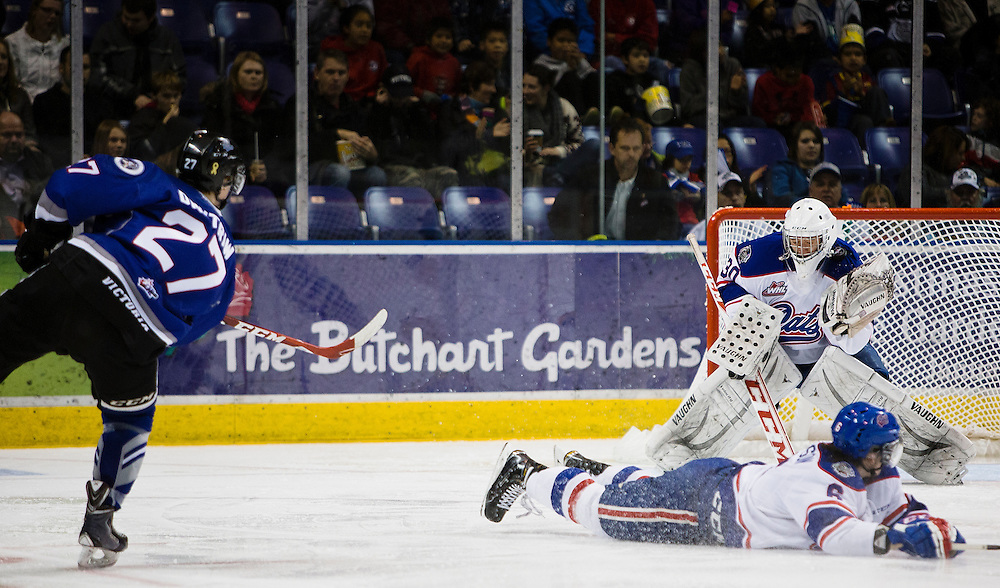 VICTORIA B.C. - NOVEMBER 22:  The Victoria Royals goaltender Jayden Sittler shutout the Regina Pats 5-0 in Western Hockey League action at the Save-On-Foods Memorial Centre on November 22nd, 2014 in Victoria, British Columbia, Canada. Regina started 15-year-old goalie #30 Jordan Hollett in his first WHL career game where he stopped 21 of 26 shots.(Photo by Kevin Light/Victoria Royals)