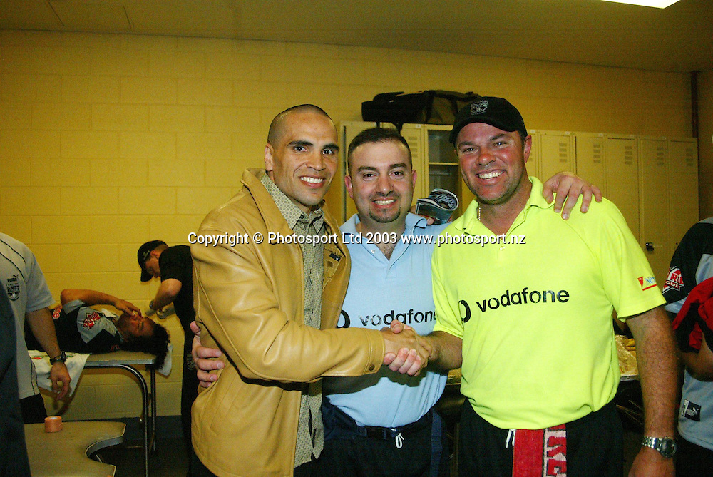 13 September 2003, Rugby League NRL Playoffs, Canterbury Bulldogs v New Zealand Warriors, Sydney Showgrounds, Australia.<br />Anthony Mundine with the Trainers after the Warriors won 48-22.<br />Pic: Sandra Teddy/Photosport