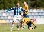 FODBOLD: Sandra Nielsen (NFC/VIF) og Sidsel Schmidt (Ølstykke FC) under kampen i Sjællandsserien mellem Ølstykke FC og Nykøbing/Vordingborg den 7. september 2019 på Ølstykke Stadion. Foto: Claus Birch