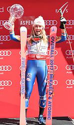 19.03.2017, Aspen, USA, FIS Weltcup Ski Alpin, Finale 2017, Gesamtweltcup, Damen, Siegerehrung, im Bild Mikaela Shiffrin (USA, Gewinnerin des Slalom und des Gesamt Weltcup), mit der Kristrallkugel für den Gesamtweltcupsieg // Winner of the Slalom and the Overall World Cup Mikaela Shiffrin of the USA with the crystal globe for the ladie's overall World Cup during the winner award ceremony for the ladie's overall winner of 2017 FIS ski alpine world cup finals. Aspen, United Staates on 2017/03/19. EXPA Pictures © 2017, PhotoCredit: EXPA/ Erich Spiess