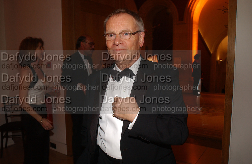 Jeffrey Archer, National Portrait Gallery  150th Anniversary Fundraising Gala. National Portrait Gallery. London. 28 February 2006. ONE TIME USE ONLY - DO NOT ARCHIVE  © Copyright Photograph by Dafydd Jones 66 Stockwell Park Rd. London SW9 0DA Tel 020 7733 0108 www.dafjones.com
