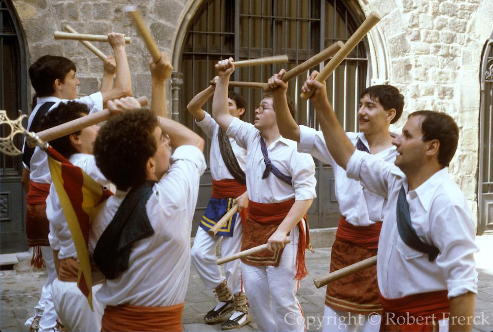 SPAIN, FESTIVALS, BARCELONA Fiesta de la Merced, stick dance