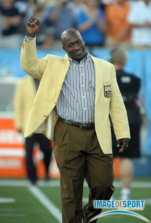 Aug 8, 2010; Canton, OH, USA; John Randle is introduced before the preseason game between the Dallas Cowboys and the Cincinnati Bengals at Fawcett Stadium. Photo by Image of Sport