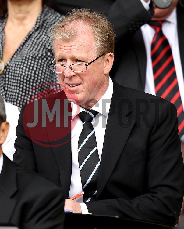 Newcastle United manager Steve McClaren - Mandatory by-line: Robbie Stephenson/JMP - 26/07/2015 - SPORT - FOOTBALL - Sheffield,England - Bramall Lane - Sheffield United v Newcastle United - Pre-Season Friendly