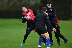 Jonathan Joseph in action - Mandatory byline: Patrick Khachfe/JMP - 07966 386802 - 16/01/2020 - RUGBY UNION - Farleigh House - Bath, England - Bath Rugby Training Session