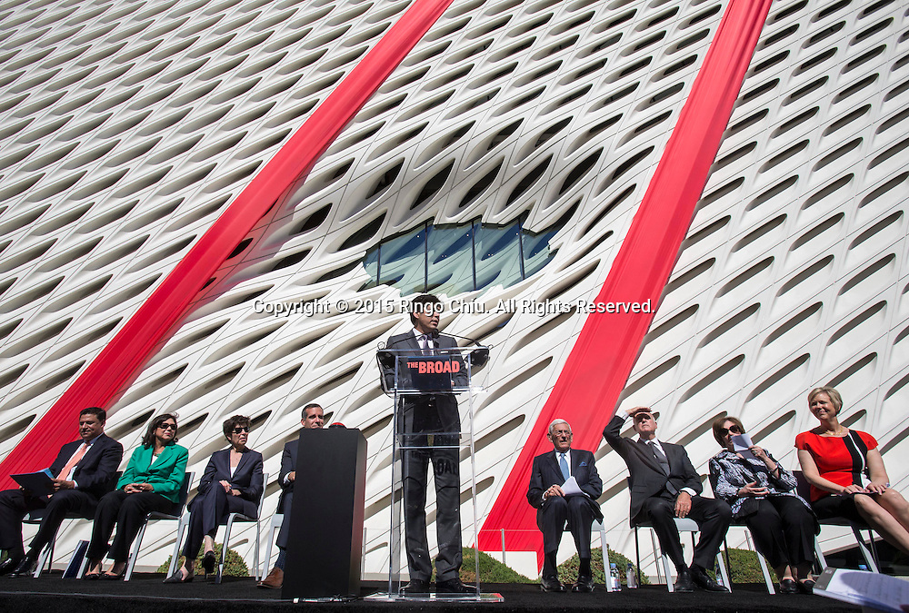 California Senate leader Kevin de León (D-Los Angeles) speaks during the civic dedication at The Broad on September 18, 2015 in downtown Los Angeles.  The Broad, the contemporary art museum built to house the 2,000-piece collection acquired over decades by billionaire philanthropist Eli Broad and his wife, Edye. (Photo by Ringo Chiu/PHOTOFORMULA.com)