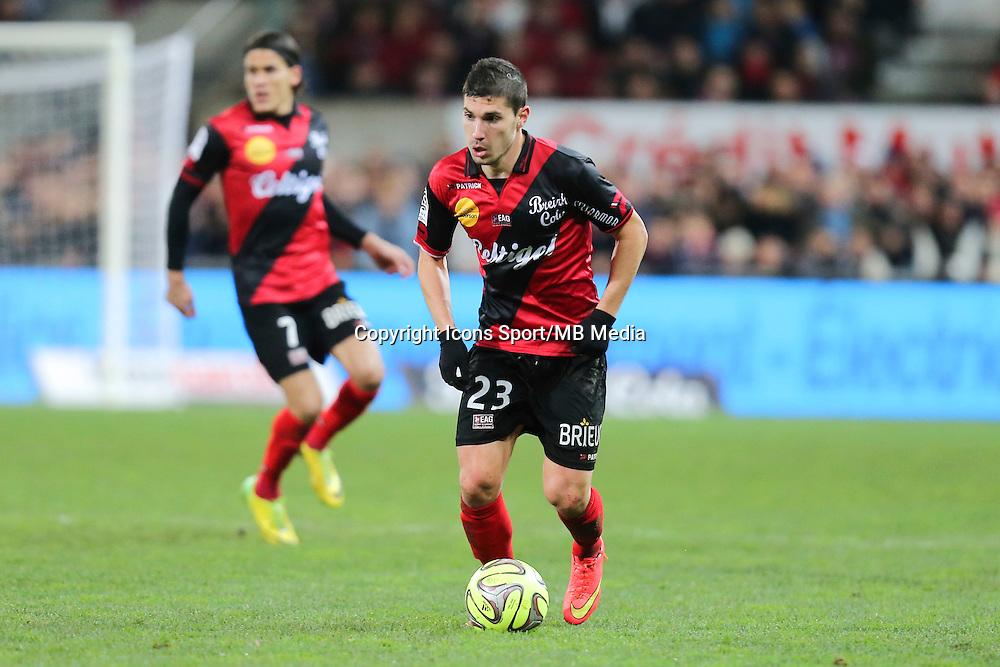 Jeremy PIED - 14.12.2014 - Guingamp / Paris Saint Germain - 18eme journee de Ligue 1<br />Photo : Vincent Michel / Icon Sport