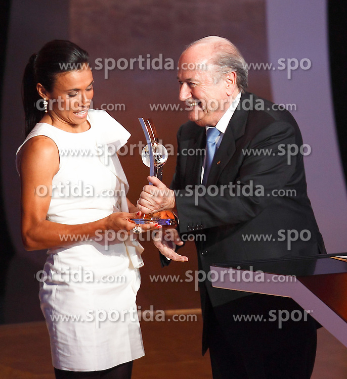 10.11.2011, Zürich, CH, FIFA Golden Ball Gala, in President Joseph Blatter and Brazil's Marta during FIFA Golden Ball gala. January 10, 2011, EXPA Pictures © 2011, PhotoCredit: EXPA/ Alterphotos