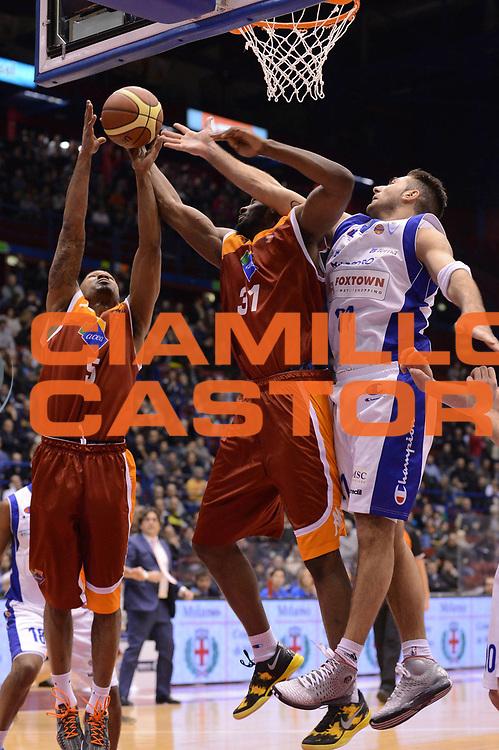 DESCRIZIONE : Milano Coppa Italia Final Eight 2013 Quarti di Finale FoxTown Cantu Acea Roma<br /> GIOCATORE : Gani Lawal Phil Goss<br /> CATEGORIA : rimbalzo<br /> SQUADRA : Acea Roma <br /> EVENTO : Beko Coppa Italia Final Eight 2013<br /> GARA : FoxTown Cantu Acea Roma<br /> DATA : 07/02/2013<br /> SPORT : Pallacanestro<br /> AUTORE : Agenzia Ciamillo-Castoria/M.Marchi<br /> Galleria : Lega Basket Final Eight Coppa Italia 2013<br /> Fotonotizia : Milano Coppa Italia Final Eight 2013 Quarti di Finale FoxTown Cantu Acea Roma<br /> Predefinita :