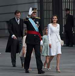 Spain's King Felipe VI (L, front) and Queen Letizia (R, front) attend a military review prior to the new king's succession ceremony in Madrid. EXPA Pictures © 2014, PhotoCredit: EXPA/ Photoshot/ Xie Haining<br /> <br /> *****ATTENTION - for AUT, SLO, CRO, SRB, BIH, MAZ only*****