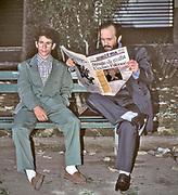 Palermo, the day after the massacre of the judge Giovanni Falcone: the news in the local newspaper.<br /> Il giono dopo la strage di Capaci, due persone leggono le notizie sul giornale