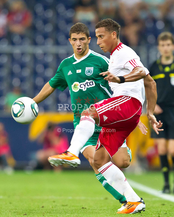 25.08.2011, Red Bull Arena, Salzburg, AUT, UEFA EL, Red Bull Salzburg vs Omonia Nikosia, im Bild Dimitris Christofi, (Omonia Nikosia) vs Jefferson (Red Bull Salzburg, #25) // during the UEFA Europaleague 2nd Leg Match, Red Bull Salzburg against Omonia Nikosia, Red Bull Arena, Salzburg, 2011-08-25, EXPA Pictures © 2011, PhotoCredit: EXPA/ J. Feichter