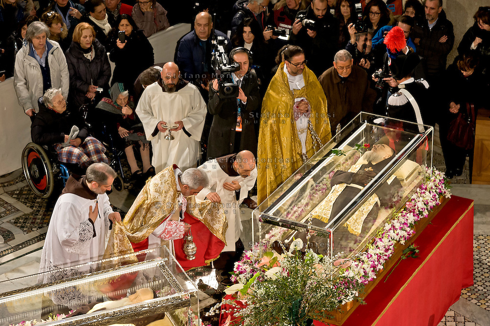 Rome, Italy. 3th Febraury 2016<br /> The relic of St. Pio of Pietrelcina and the relic of St. Leopold Mandic in the Basilica of San Lorenzo Fuori le mura. The St. Pio of Pietrelcina were called to Rome by Pope Francis as symbol of the Mercy Jubilee.