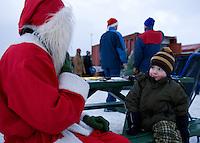 Jólatréið sótt í Heiðmörk fyrir Jólin 2007. Ari Carl að spjalla við Jólasvein.