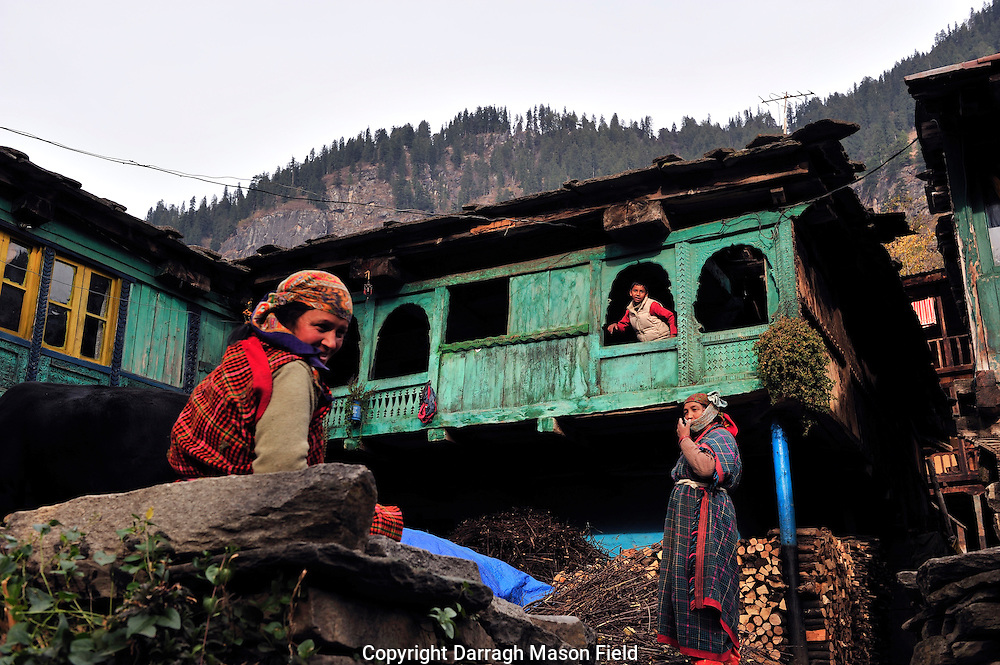 A Vashishtha Family from the Indian province of Himachal Pradesh.
