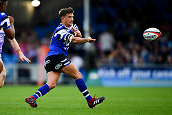 Alex Davies of Bath Rugby passes the ball  - Mandatory by-line: Ryan Hiscott/JMP - 21/09/2019 - RUGBY - Sandy Park - Exeter, England - Exeter Chiefs v Bath Rugby - Premiership Rugby Cup