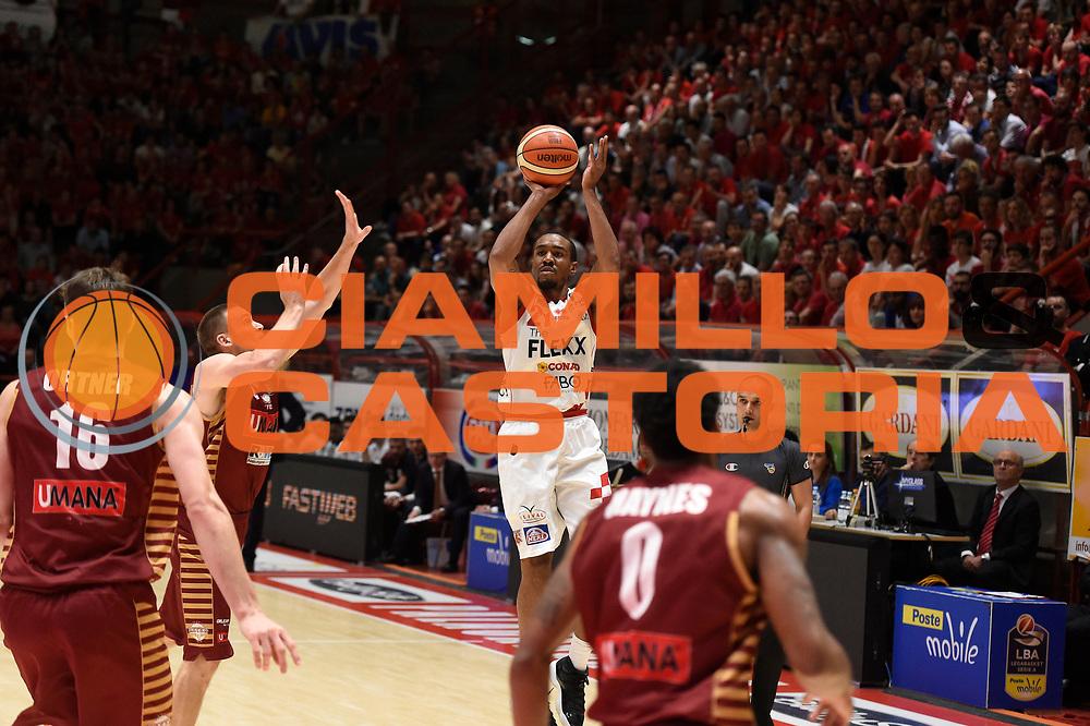 Michael Jenkins<br /> The Flexx Pistoia Umana Reyer Venezia<br /> Lega Basket Serie A 2016/2017<br /> Playoff Quarti di finale Gara 4<br /> Pistoia 19/05/2017<br /> Foto Ciamillo-Castoria