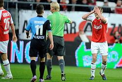 03-04-2010 VOETBAL: AZ - FC UTRECHT: ALKMAAR<br /> FC utrecht verliest met 2-0 van AZ / Pontus Wernbloom krijgt geel<br /> ©2009-WWW.FOTOHOOGENDOORN.NL