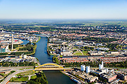 Nederland, Utrecht, Utrecht, 30-09-2015; Amsterdam-Rijnkanaal met Vleutense brug, bedrijvencomplex van Douwe Egberts Nederland B.V. aan de Vleutenseweg.<br /> Amsterdam-Rhine canal, Douwe Egberts, manufacturer of coffe and tea.<br /> <br /> luchtfoto (toeslag op standard tarieven);<br /> aerial photo (additional fee required);<br /> copyright foto/photo Siebe Swart