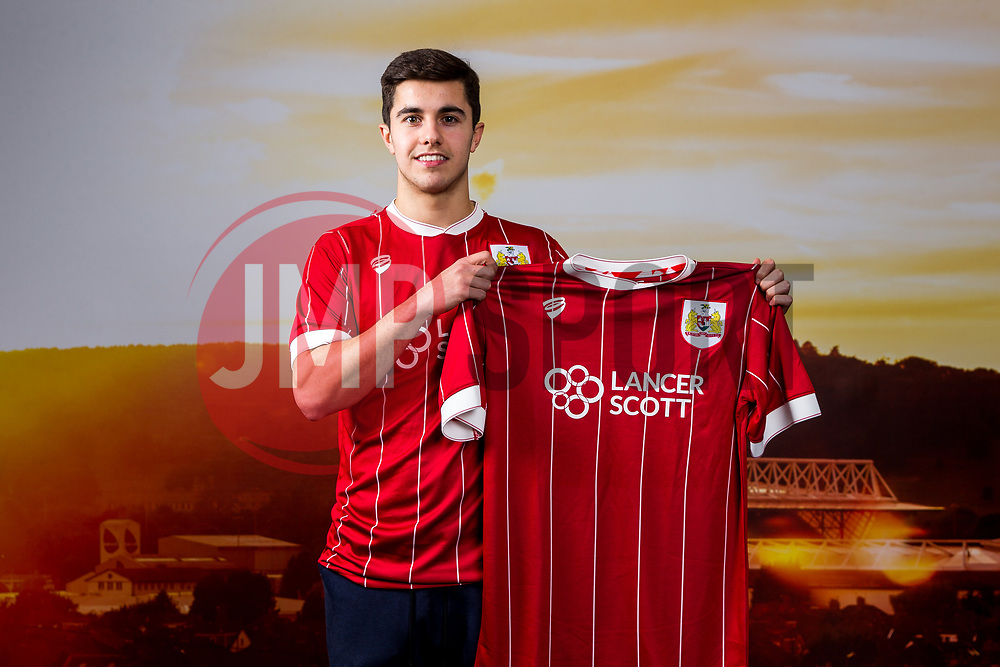 Bristol City sign Liam Walsh from Everton until 2020 in a 2.5 year deal - Rogan/JMP - 05/01/2018 - Ashton Gate Stadium - Bristol, England - Sky Bet Championship.