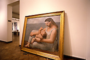 CHICAGO, MUSEUMS AND ARTISTS Art Institute of Chicago Picasso 'Mother and Child'