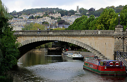 UK ENGLAND BATH 1OCT05 - Bridge over Avon River with city of Bath in the  background...jre/Photo by Jiri Rezac..© Jiri Rezac 2005.Contact: +44 (0) 7050 110 417.Mobile: +44 (0) 7801 337 683.Office: +44 (0) 20 8968 9635..Email: jiri@jirirezac.com.Web: www.jirirezac.com..© All images Jiri Rezac 2005 - All rights reserved.