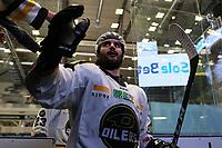 GET-ligaen Ice Hockey, 27. october 2016 ,  Stavanger Oilers v Stjernen<br /> Joshua Soares fra Stavanger Oilers etter kampen mot Stjernen<br /> Foto: Andrew Halseid Budd , Digitalsport