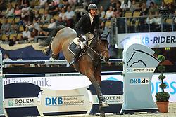 Andersen Lars Bak, (DEN), Cyrus L<br /> Champion von München<br />  Jumping München 2015<br /> © Hippo Foto - Stefan Lafrentz