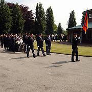 Begrafenis Max Molenaar Huizen, verzetsstrijder 2de Wereldoorlog, met militaire eer