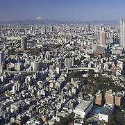 Looking westward from Tokyo Tower towards Roppongi Hills [right], with Mt. Fuji on the horizon 100 km away.