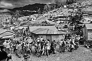 Socoromeños encabezados por el Carnavalón (muñeco humanizado) y los alférez de turno visitan las casas del pueblo durante el carnaval, esta costumbre tiene que ver con llevar las bendiciones de la pachamama a cada hogar dispuesto a recibirla.