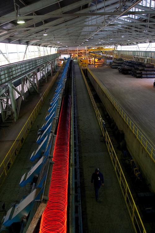Ouro Branco_MG, Brasil,..Setor de laminacao de uma siderurgica...A steel sector rolling...Foto: LEO DRUMOND / NITRO