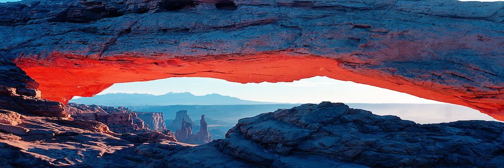 Canyonlands National Park,Utah, Mesa Arch, panoramic