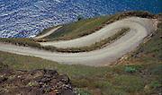 Gefährliche Serpentinenkurve, Hiva Oa, Französisch Polynesien * Dangerous double bend, Hiva Oa, French Polynesia