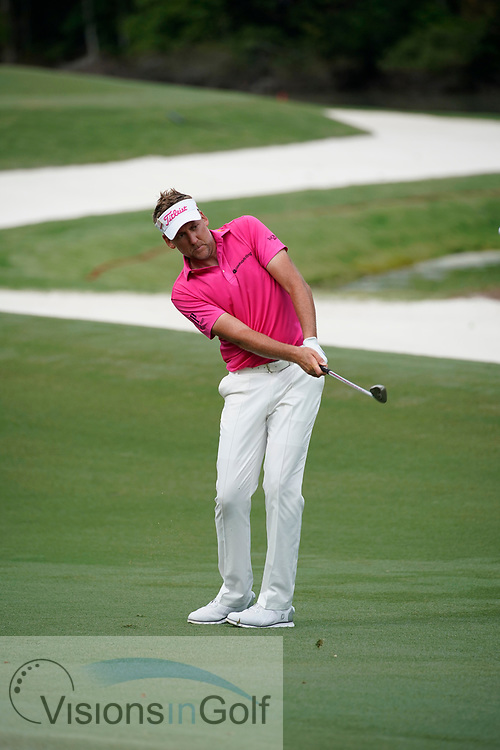 Ian Poulter chipping sequence<br /> On the final day<br /> THE PLAYERS Championship 2018<br /> <br /> Golf Pictures by Mark Newcombe/visionsingolf.com