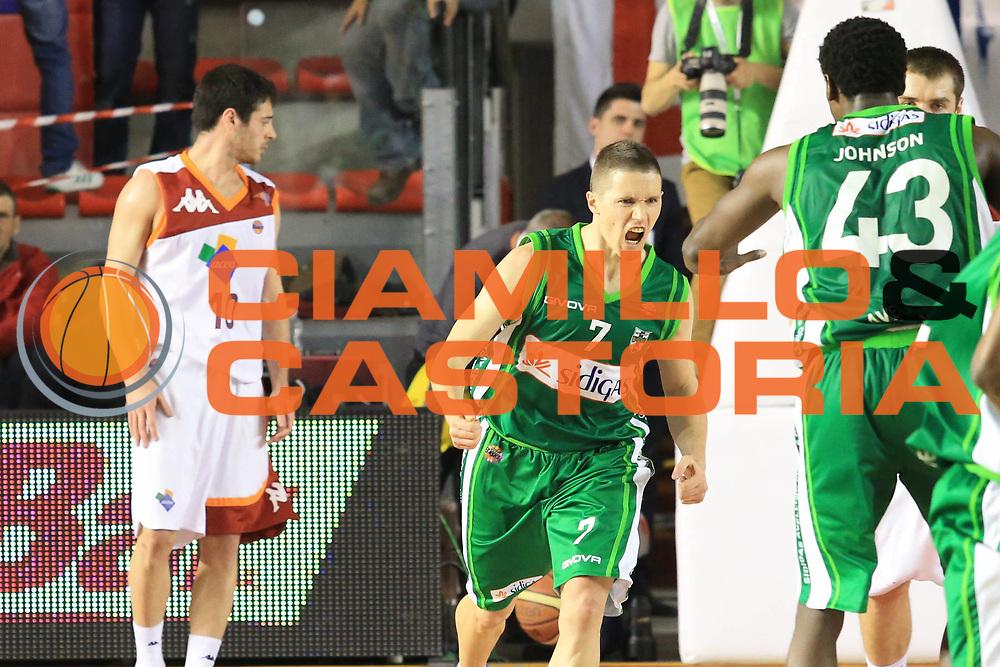 DESCRIZIONE : Roma Lega A 2012-2013 Acea Roma Sidigas Avellino<br /> GIOCATORE : Lakovic Jaka <br /> CATEGORIA : curiosita esultanza<br /> SQUADRA : Sidigas Avellino<br /> EVENTO : Campionato Lega A 2012-2013 <br /> GARA : Acea Roma Sidigas Avellino<br /> DATA : 07/04/2013<br /> SPORT : Pallacanestro <br /> AUTORE : Agenzia Ciamillo-Castoria/M.Simoni<br /> Galleria : Lega Basket A 2012-2013  <br /> Fotonotizia : Roma Lega A 2012-2013 Acea Roma Sidigas Avellino<br /> Predefinita :