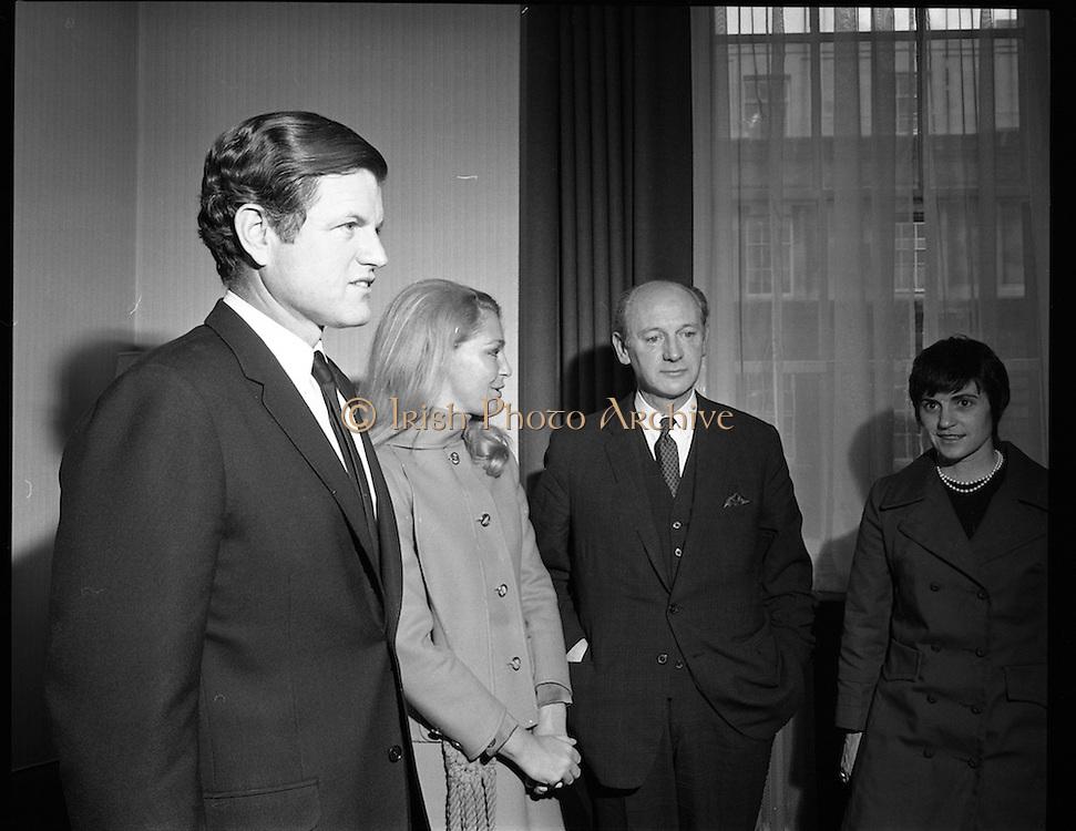 Edward Kennedy visits Taoiseach, Jack Lynch.<br /> 1970.<br /> 04.03.1970.<br /> 03.04.1970.<br /> 4th March 1970