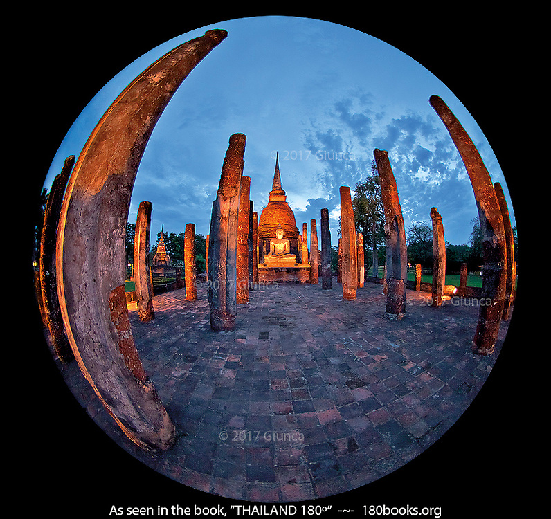 Wat Sa Si at dusk in Sukhothai Thailand
