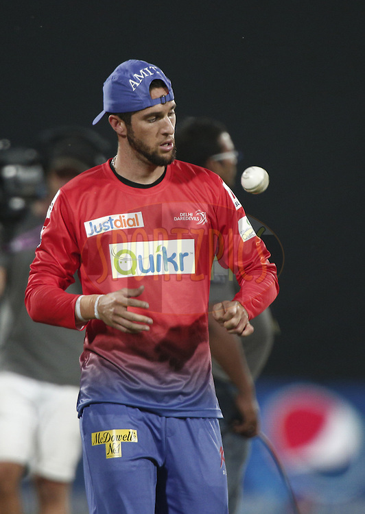Wayne Parnell of the Delhi Daredevils warm up during match 26 of the Pepsi Indian Premier League Season 2014 between the Delhi Daredevils and the Chennai Superkings held at the Ferozeshah Kotla cricket stadium, Delhi, India on the 5th May  2014<br /> <br /> Photo by Deepak Malik / IPL / SPORTZPICS<br /> <br /> <br /> <br /> Image use subject to terms and conditions which can be found here:  http://sportzpics.photoshelter.com/gallery/Pepsi-IPL-Image-terms-and-conditions/G00004VW1IVJ.gB0/C0000TScjhBM6ikg