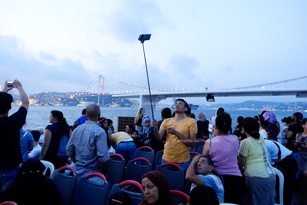 Turkey, Istanbul, boat trip on the bosphore