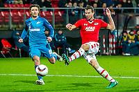 ALKMAAR - 08-12-2016, AZ - FC Zenit, AFAS Stadion, FC Zenit speler Yuri Zhirkov, AZ speler Robert Muhren