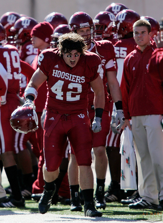 28 October 2006: Indiana running back Josiah Sears (42)  as  the Indiana Hoosiers beat the the Michigan State Spartans 46-21 in college football in Bloomington, Ind.