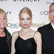 NLD/Amsterdam/20111019 - Uitreiking Prix de la Moda 2011, Daphne Groeneveld met haar ouders