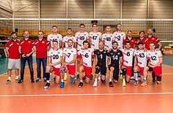 23-05-2017 NED: 2018 FIVB Volleyball World Championship qualification, Koog aan de Zaan<br /> Slowakije - Oostenrijk / Teamfoto Oostenrijk