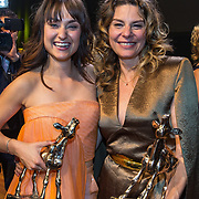 NLD/Utrecht/20191004 - Uitreiking Gouden Kalveren 2019, Melody Klaver en Rifka Lodeizen winnen een gouden kalf